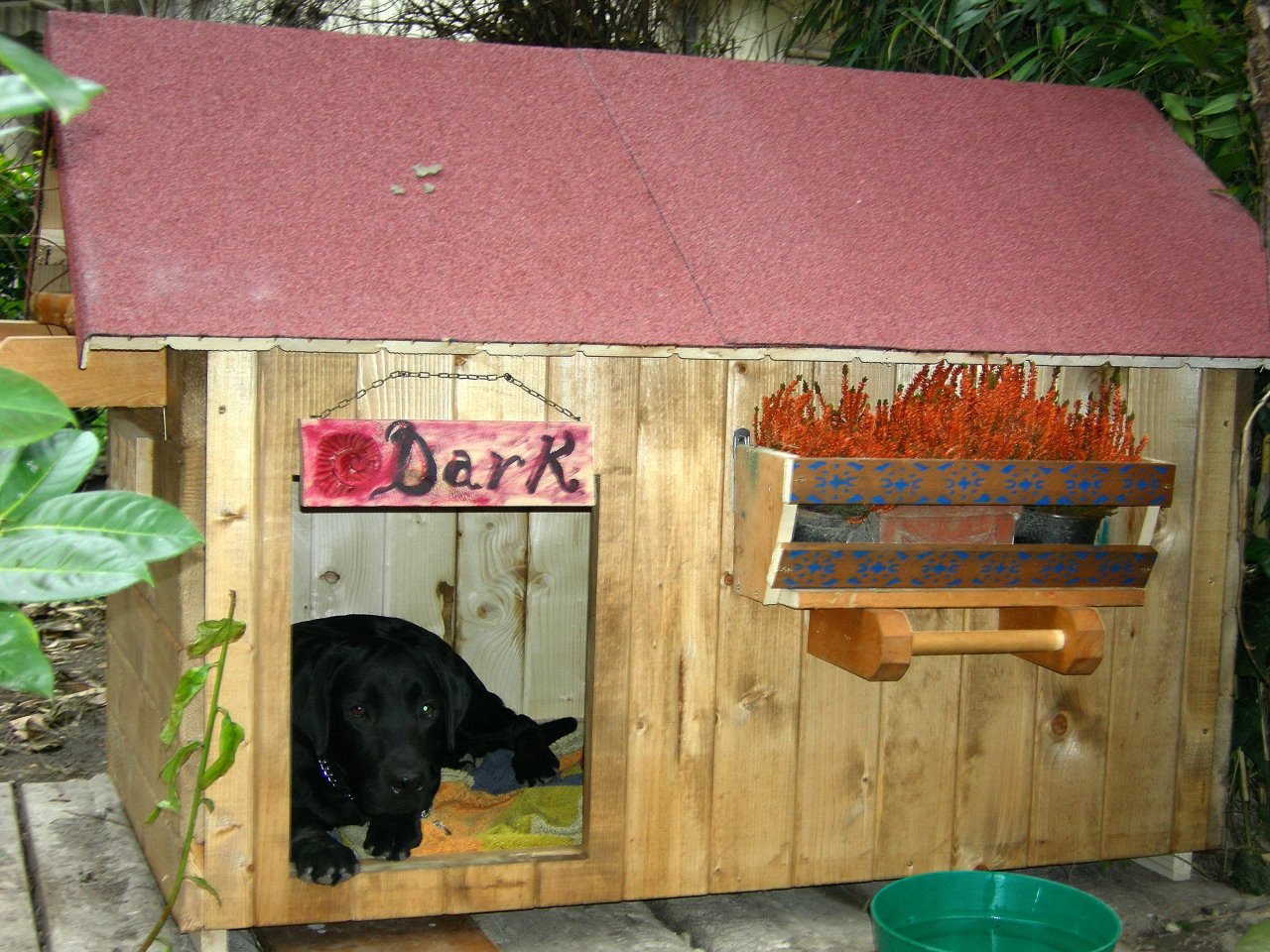 Cucce per cani fai da te o cucce in hpl for Cucce per cani da esterno coibentate
